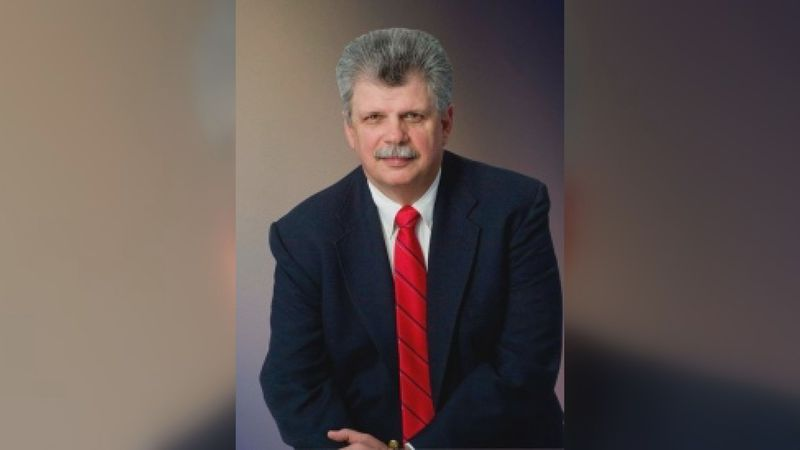 Wiggins Mayor Joel Miles died Sunday from complications of COVID-19.