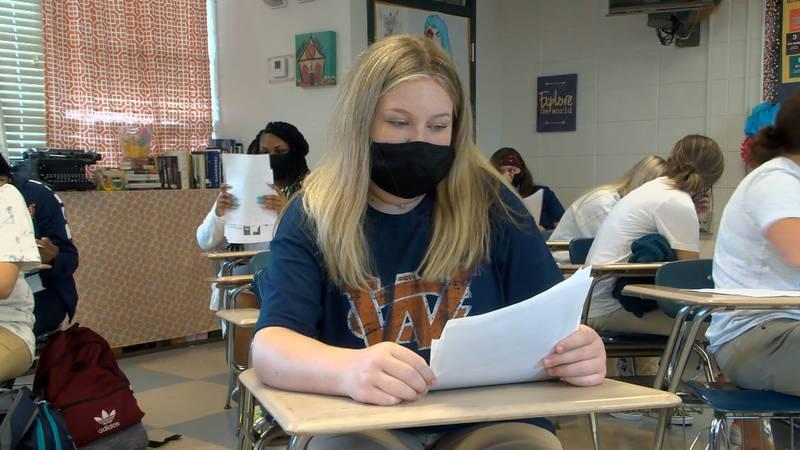 Fall semester starts amid mask mandate.