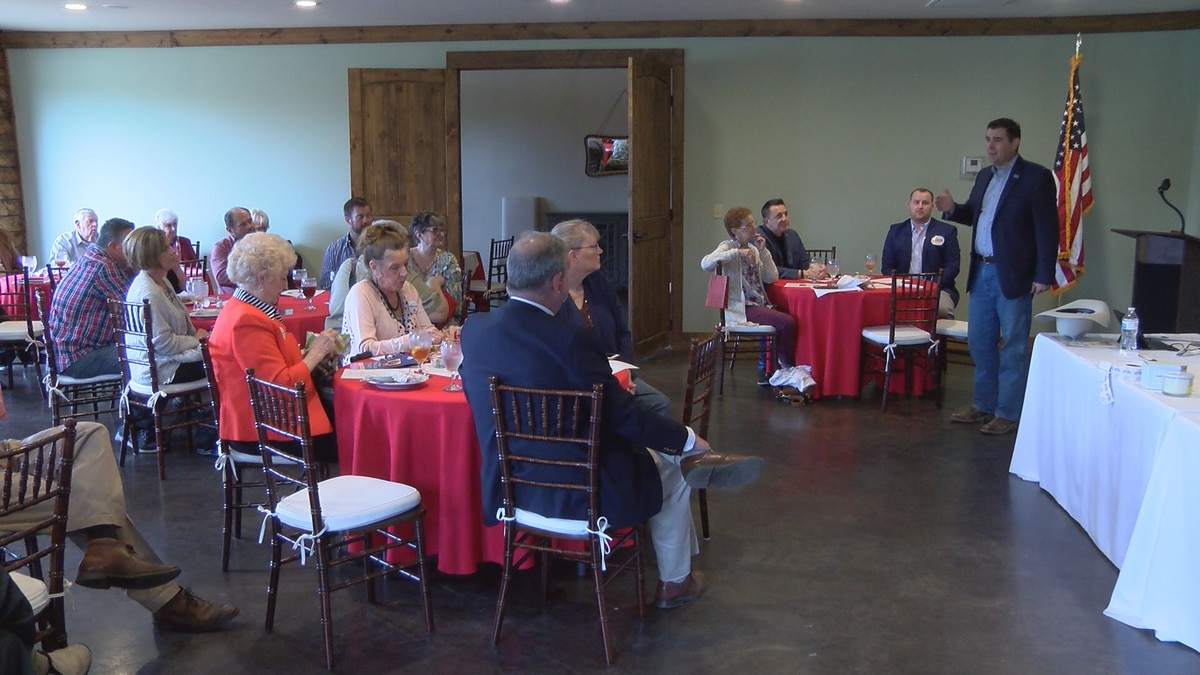 Mississippi secretary of agriculture and commerce Andy Gipson speaks to Jones County Republican...