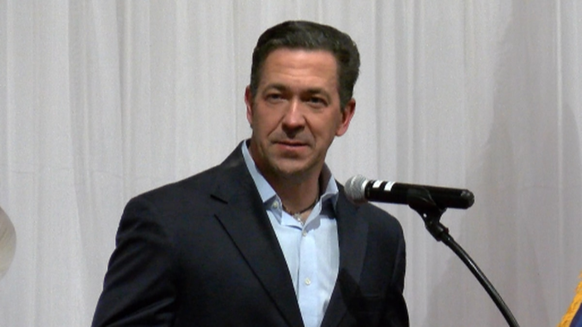 McDaniel asked crowd to support Cindy Hyde-Smith