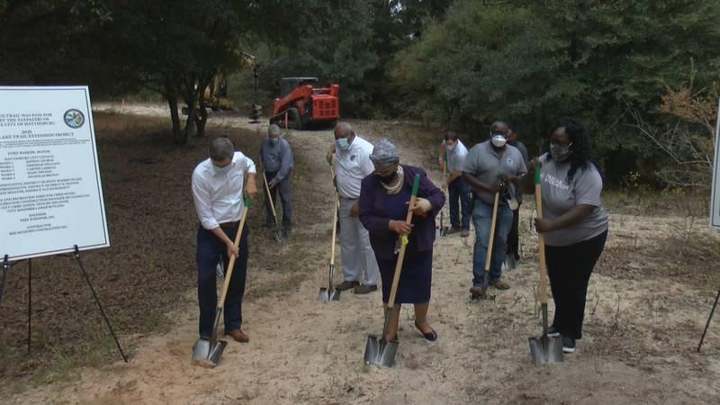 Hattiesburg breaks ground on new walking trail
