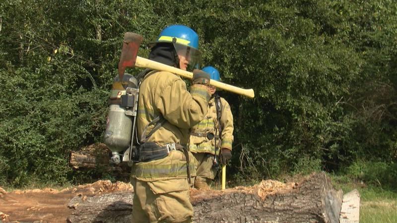 Hattiesburg Fire recruits prepare for circuit training.