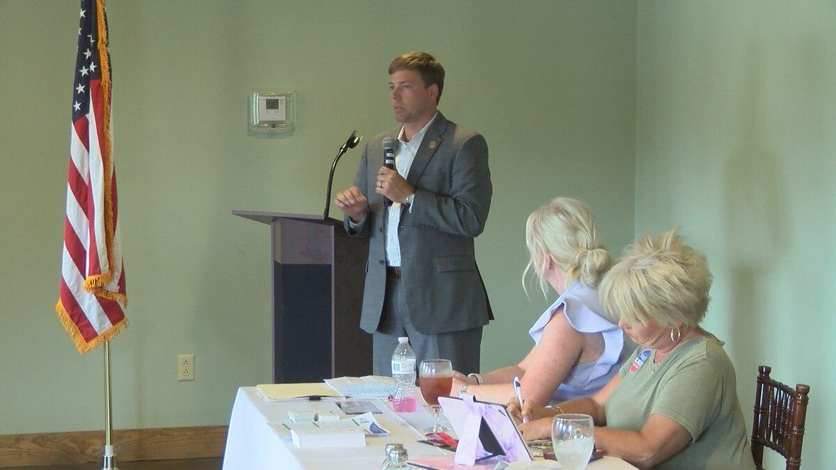 Robert Foster, Republican candidate for governor, speaks to Jones County Republican Women...