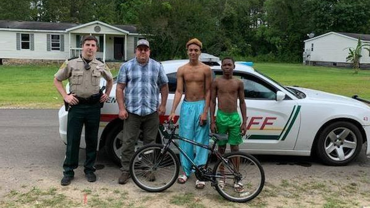 Deputy Troy Russell decided to take matters into his own hands after an 11-year-old boy's bike...